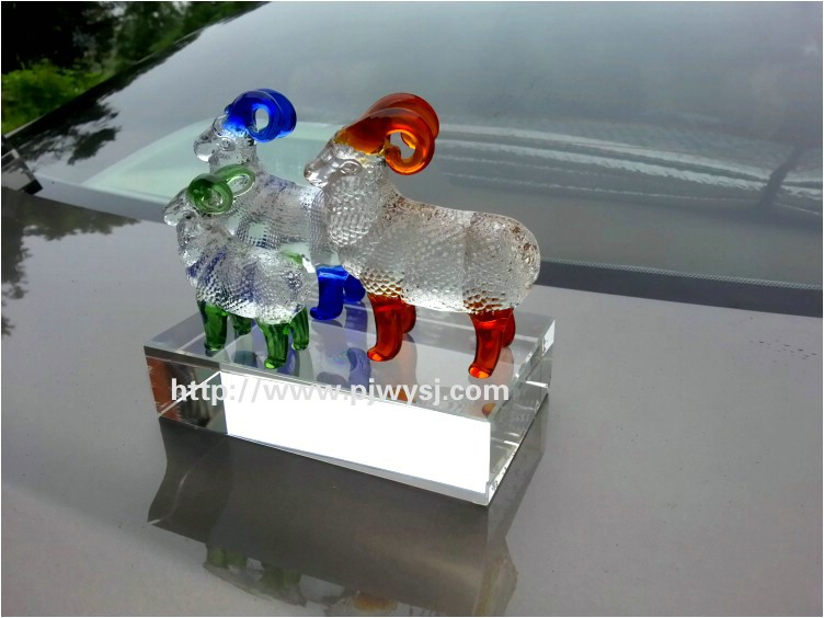 水晶三羊开泰